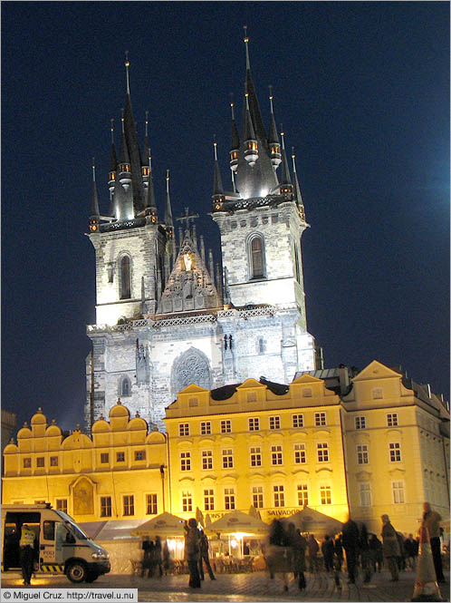 Czech Republic: Prague: Old Town Square at night