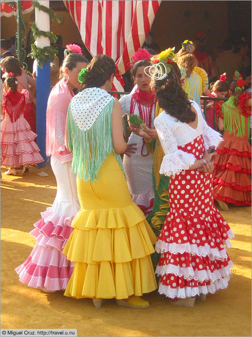 Spain: Seville: Féria: Colorful dresses