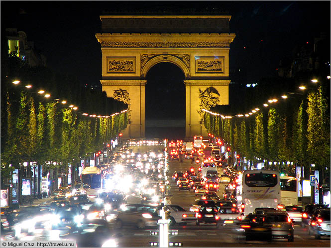 France: Paris: Arc d'Triomphe