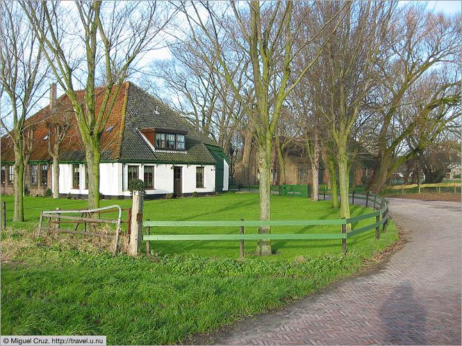 Farmhouse netherlands north holland travel photos for Farm house netherlands
