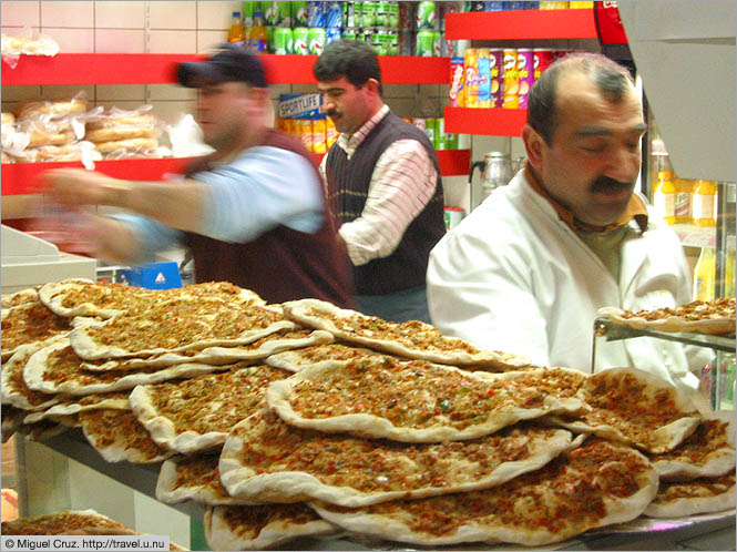 Netherlands: North Holland: Turkish pizza at the Zwartemarkt