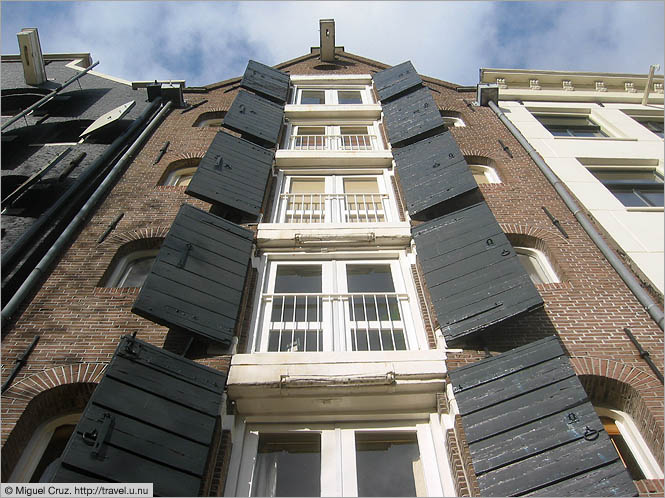 Netherlands: Amsterdam: Shuttered houses in the Jordaan